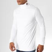/achat-t-shirts-manches-longues/fila-tee-shirt-manches-longues-19th-684394-blanc-155255.html