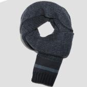 /achat-echarpes-foulards/redskins-echarpe-gabin-bleu-clair-bleu-marine-chine-155321.html