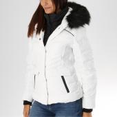 /achat-doudounes/superdry-doudoune-fourrure-femme-glacier-biker-g50001er-blanc-noir-155333.html