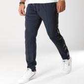 /achat-pantalons-joggings/armani-exchange-pantalon-jogging-avec-bandes-6zzp94-zjbqz-bleu-marine-156068.html