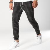 /achat-pantalons-carreaux/classic-series-pantalon-raye-a-3-noir-blanc-156181.html