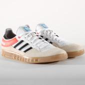 /achat-baskets-basses/adidas-baskets-handball-top-aq0905-footwear-white-core-black-solar-red-156455.html