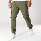https://www.laboutiqueofficielle.com/achat-pantalons-cargo/pantalon-cargo-starp-stage-vert-kaki-156410.html