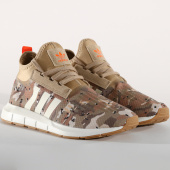 /achat-baskets-basses/adidas-baskets-swift-run-barrier-b37702-cardboard-white-tint-orange-157132.html