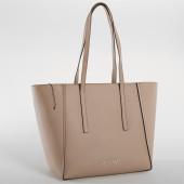 /achat-sacs-sacoches/calvin-klein-sac-a-main-femme-base-medium-shopper-4427-beige-157123.html