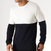 /achat-pulls/celio-pull-mesporty-blanc-bleu-marine-158428.html
