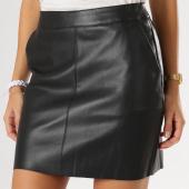 /achat-jupes/vero-moda-jupe-femme-yours-butter-noir-158689.html