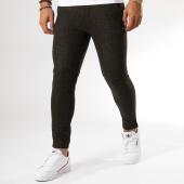 /achat-pantalons-carreaux/frilivin-pantalon-1500-marron-chine-158832.html