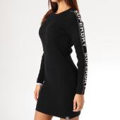 /achat-robes/superdry-robe-pull-femme-urban-street-logo-noir-blanc-argente-159219.html