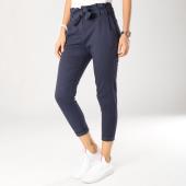 https://www.laboutiqueofficielle.com/achat-pantalons-carreaux/pantalon-femme-53001-bleu-marine-159497.html