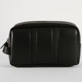 /achat-sacs-sacoches/calvin-klein-trousse-de-toilette-essential-4266-noir-159765.html