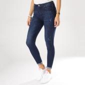 https://www.laboutiqueofficielle.com/achat-jeans/jean-slim-femme-g2052-bleu-brut-159968.html