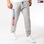 /achat-pantalons-joggings/tommy-hilfiger-jeans-pantalon-jogging-essential-5545-gris-chine-159976.html