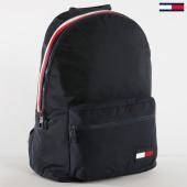 /achat-sacs-sacoches/tommy-hilfiger-jeans-sac-a-dos-sport-mix-4253-bleu-marine-160301.html