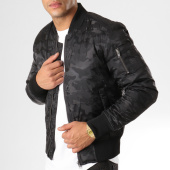 /achat-bombers/urban-classics-bomber-tb1621-noir-camouflage-160196.html