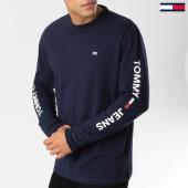 /achat-t-shirts-manches-longues/tommy-hilfiger-jeans-tee-shirt-manches-longues-logo-5546-bleu-marine-blanc-161000.html