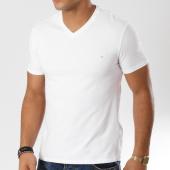 /achat-t-shirts/guess-tee-shirt-m91i30-j1300-blanc-161218.html