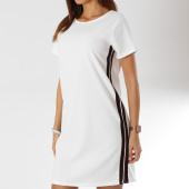 /achat-robes/girls-only-robe-femme-bandes-brodees-xf11-blanc-161661.html