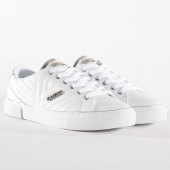 /achat-baskets-basses/guess-baskets-femme-fl5grvele12-white-162160.html