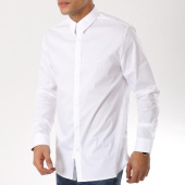 /achat-chemises-manches-longues/guess-chemsie-manches-longues-m91h25w7zk0-blanc-162300.html