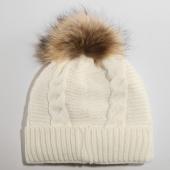 /achat-bonnets/girls-only-bonnet-femme-16-blanc-162338.html