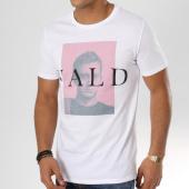 /achat-t-shirts/vald-tee-shirt-mugshot-blanc-162425.html