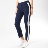 /achat-pantalons-carreaux/girls-only-pantalon-femme-avec-bandes-311-bleu-marine-blanc-162536.html