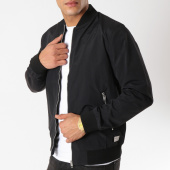 /achat-bombers/jack-and-jones-bomber-pacific-new-noir-162726.html