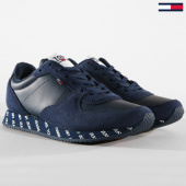 /achat-baskets-basses/tommy-hilfiger-jeans-baskets-city-sneacker-em0em00189-black-iris-162970.html