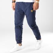 /achat-pantalons-joggings/umbro-pantalon-jogging-696380-60-bleu-marine-164198.html