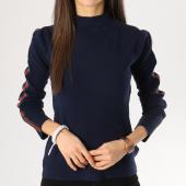 https://www.laboutiqueofficielle.com/achat-pulls/girls-only-pull-femme-avec-bandes-aw826-bleu-marine-164390.html
