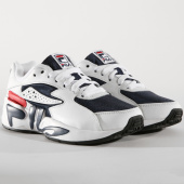 https://www.laboutiqueofficielle.com/achat-baskets-basses/baskets-femme-mindblower-5rm00161-125-white-navy-red-164585.html