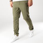 https://www.laboutiqueofficielle.com/achat-chinos/jack-and-jones-pantalon-chino-marco-bowie-vert-kaki-166699.html