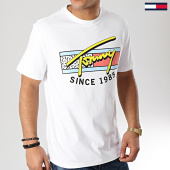 /achat-t-shirts/tommy-hilfiger-jeans-tee-shirt-neon-script-6098-blanc-167193.html