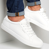 /achat-baskets-basses/jack-and-jones-baskets-trent-12150725-white-167910.html