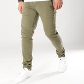 https://www.laboutiqueofficielle.com/achat-chinos/american-people-pantalon-chino-paul-vert-kaki-169100.html