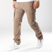 /achat-pantalons-cargo/jack-and-jones-pantalon-cargo-drake-marron-170552.html