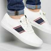 /achat-baskets-basses/jack-and-jones-baskets-austin-12150459-white-170555.html