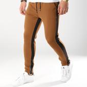 /achat-pantalons-joggings/frilivin-pantalon-jogging-a-bandes-1554-camel-171012.html