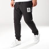 /achat-pantalons-joggings/timberland-pantalon-jogging-stack-logo-a1o8w-noir-blanc-170947.html