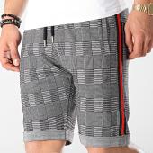 /achat-shorts-jogging/lbo-short-carreaux-et-bandes-noir-rouge-noir-604-gris-171263.html