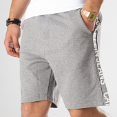 /achat-shorts-jogging/calvin-klein-short-jogging-avec-bandes-side-institutionnal-2250-gris-chine-blanc-171297.html