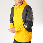/achat-coupe-vent/the-north-face-coupe-vent-mountain-light-3rys-jaune-noir-171439.html