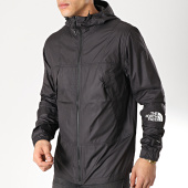 /achat-coupe-vent/the-north-face-coupe-vent-mountain-light-3rys-noir-171457.html