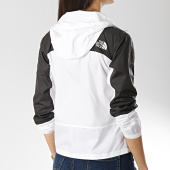 /achat-coupe-vent/the-north-face-coupe-vent-femme-mountain-3s4a-blanc-noir-171460.html