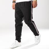 /achat-chinos/produkt-pantalon-chino-avec-bandes-anthony-noir-171829.html