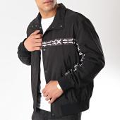 /achat-vestes/hugo-by-hugo-boss-veste-avec-bandes-besaro-50405107-noir-171983.html