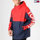 /achat-vestes/tommy-hilfiger-jeans-veste-outdoor-graphic-popover-5978-rouge-bleu-marine-171858.html