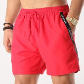 /achat-maillots-de-bain/calvin-klein-short-de-bain-avec-bandes-drawstring-0285-rouge-172698.html