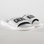 /achat-claquettes-sandales/calvin-klein-claquettes-slide-376-blanc-noir-172705.html